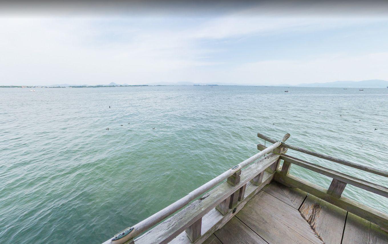 浮御堂から見た琵琶湖